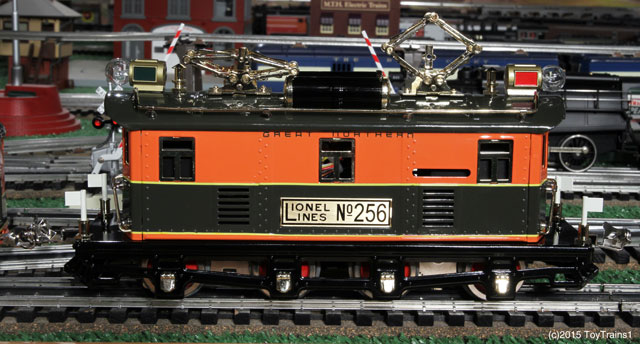 Lionel tinplate 256 locomotive
